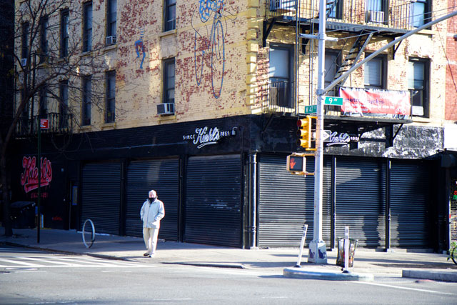 The exterior of the incoming Kiehl's store
