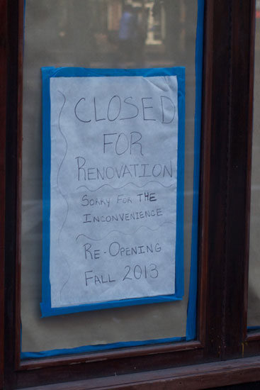 The renovations notice posted on the window of Rino Trattorina