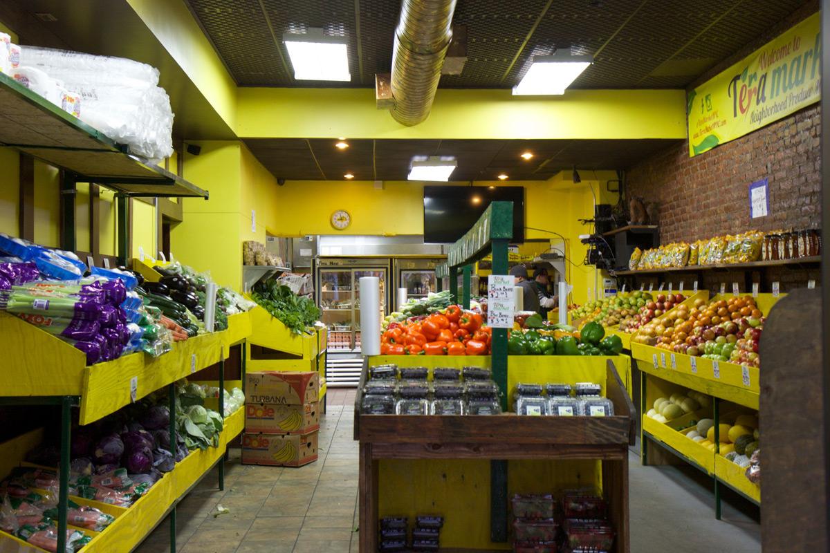 Golden Chicken & Ribs becomes Terra Market – Hell's Kitsch